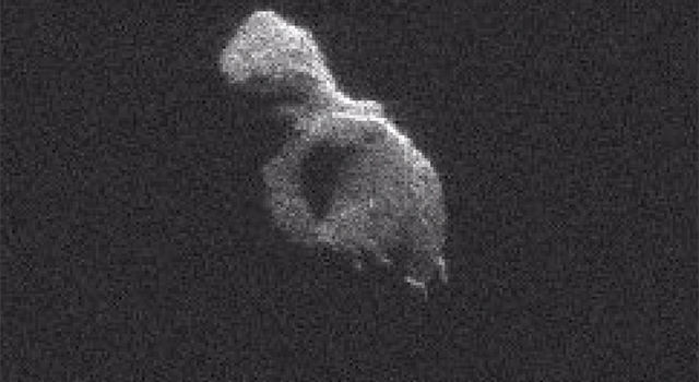 Radar Observations of Asteroid 2014 HQ124
