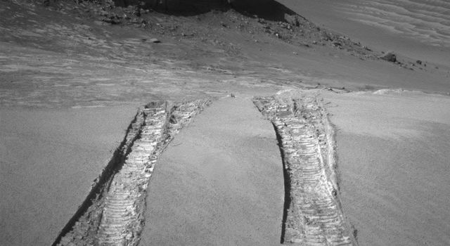Tracks from Opportunity rover