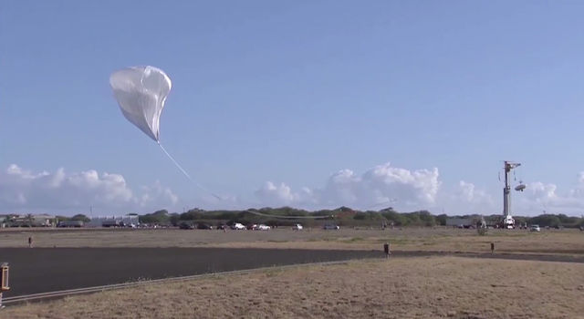 The balloon-aided liftoff kicked off the second test flight of the LDSD system