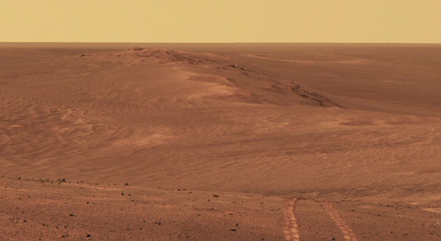Video showing Opportunity's tracks along the rim of Endeavour Crater on Mars