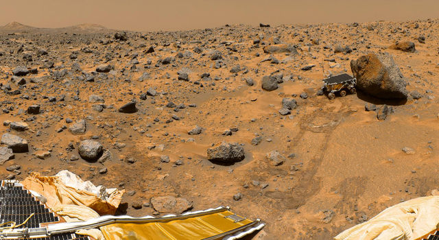 Panorama from Mars Pathfinder, showing Sojourner