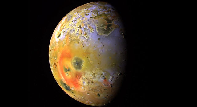 Io's Pele Hemisphere After Pillan Changes