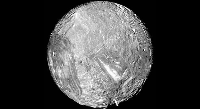Uranus' icy moon Miranda wowed scientists during the Voyager encounter