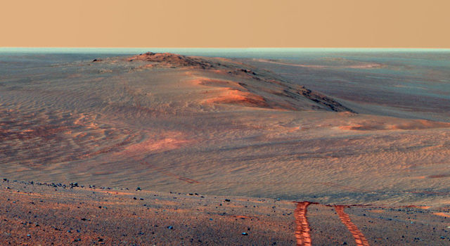 Opportunity looks back toward part of the west rim of Endeavour Crater