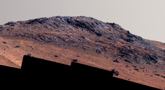'Hinners Point' Above Floor of 'Marathon Valley' on Mars (Enhanced Color)