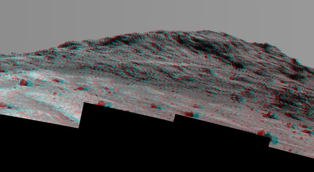 'Hinners Point' Above Floor of 'Marathon Valley' on Mars (Stereo)
