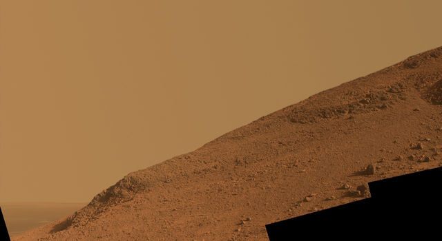 Steep 'Knudsen Ridge' Along 'Marathon Valley' on Mars