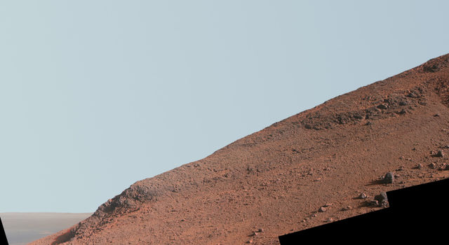 Steep 'Knudsen Ridge' on Mars (Enhanced Color)
