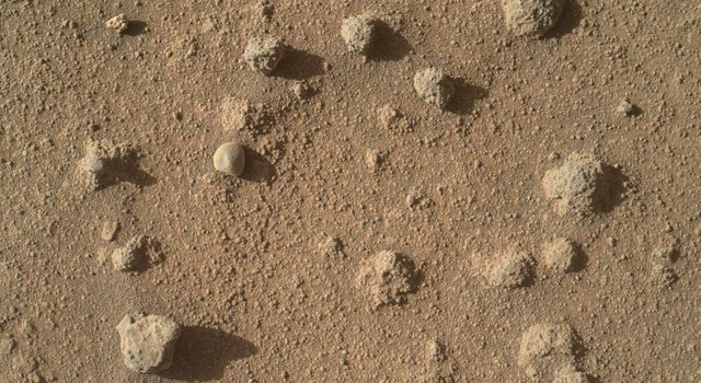 Nodules of Cemented Sand Grains Within Martian Sandstone