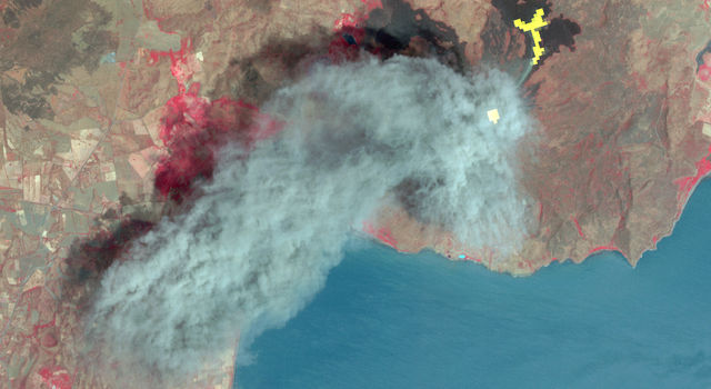 In March 2016, ASTER captured the eruption of Nicaragua's Momotombo volcano with its visible and thermal infrared bands.