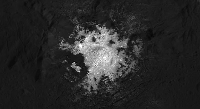 Mosaic of Cerealia Facula in Occator Crater