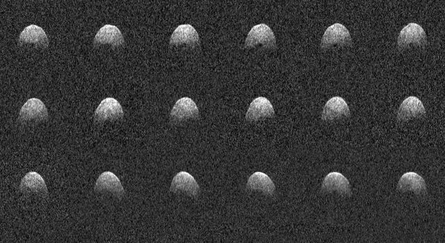 Radar images of near-Earth asteroid 3200 Phaethon
