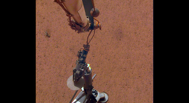 NASA's InSight lander set its heat probe