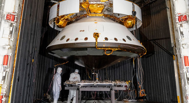 Engineers prepare the Mars 2020 spacecraft for a thermal vacuum (TVAC) test