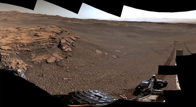 Panoramic image of mars surface taken by Curiosity rover