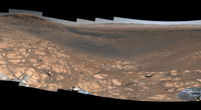 NASA's Curiosity rover captured its highest-resolution panorama