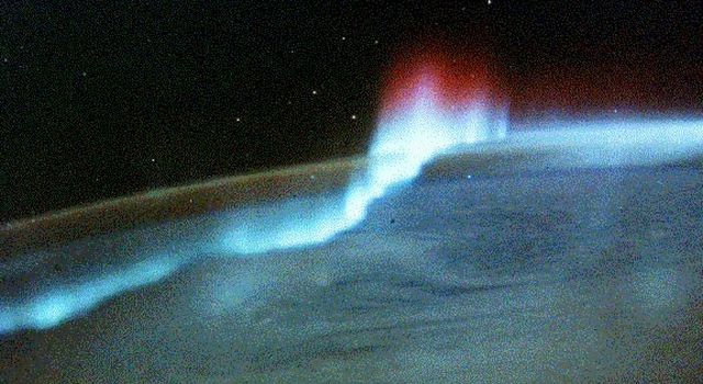 NASA's Spacelab snapped this photo of an aurora at the South Pole.