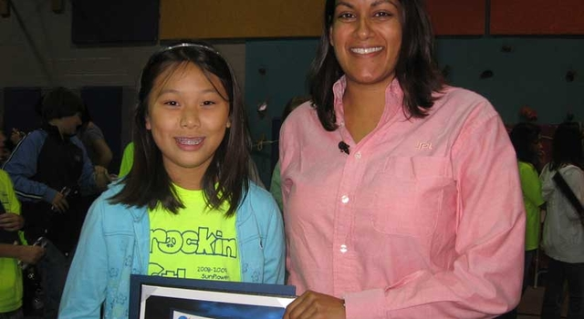 Clara Ma and JPL Mars Science Laboratory engineer Suparna Mukherjee