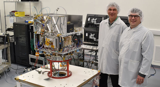 Tom Cwik, the head of JPL's Space Technology Program (left) and Allen Farrington, JPL Deep Space Atomic Clock Project Manager