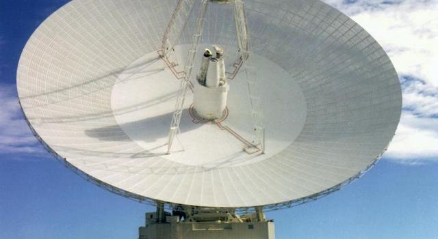 70 meter Deep Space Network antenna