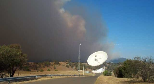 Workers at Australian Site Save Space Antennas from Wildfire
