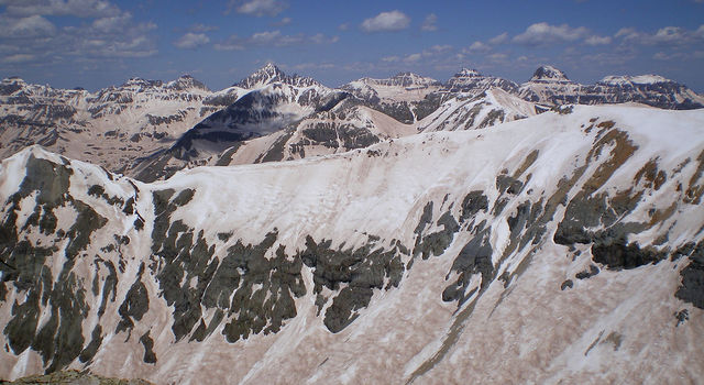 A coating of dust on snow speeds the pace of snowmelt in the spring
