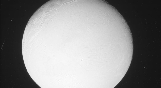 Cassini sees jet of water vapor and ice from Enceladus