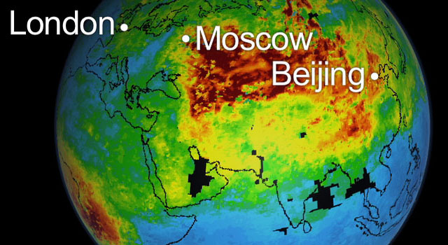 The animation focuses on the Russian fires, while the bottom animation highlights the global transport of the pollution across the northern hemisphere.