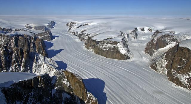 Greenland-canyon cap