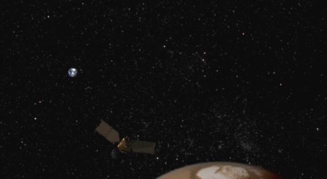 artist's concept of Mars Reconnaissance Orbiter at Mars