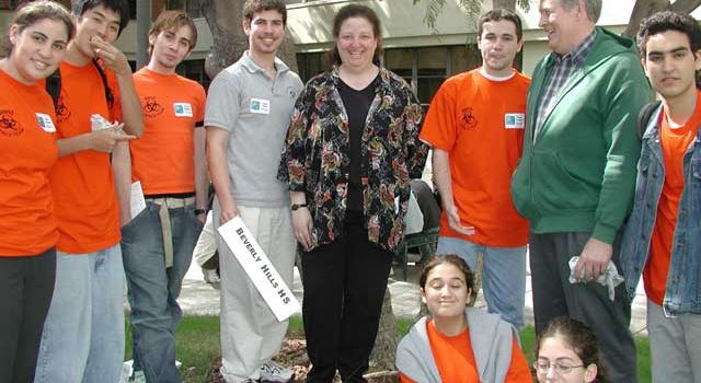 Sara Hyman with students from 2003 regional Ocean Sciences Bowl competition