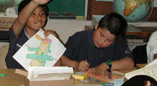 A student at Latona Elementary School