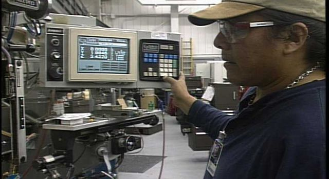 JPL machinist works on Mars '03 rover