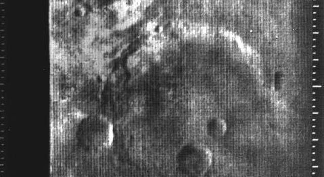 Eleventh picture of Mars from Mariner 4