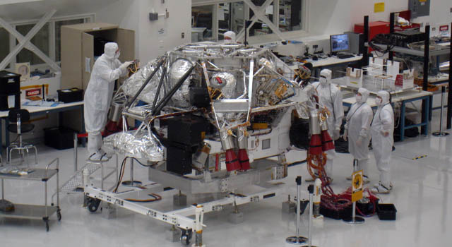 Mars Science Lab in clean room