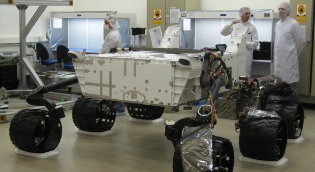 Employees building the Mars Science Laboratory