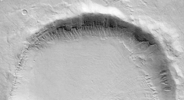 NASA''s Mars Odyssey Points to Melting Snow as Cause of Gullies
