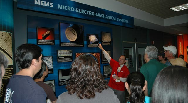 JPL Invites Public to Annual Open House 2009