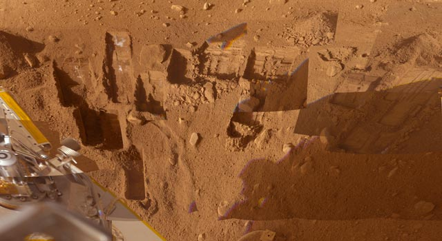 mosaic of images from the Surface Stereo Imager camera on NASA's Phoenix Mars Lander