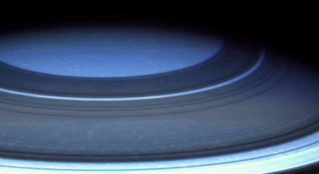 Saturn's northern hemisphere in natural color