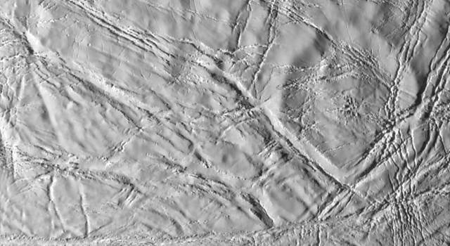 cracked-looking surface of Enceladus