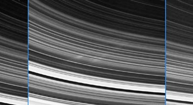 spokes in Saturn's rings