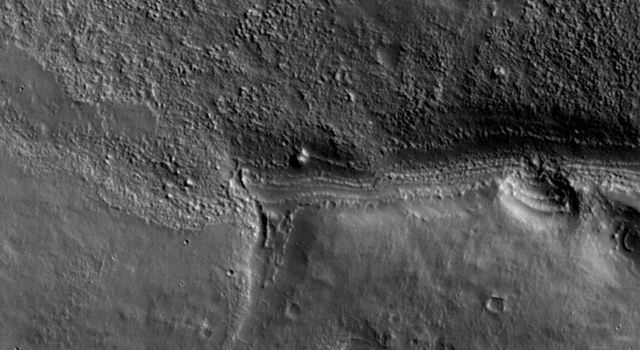 first image from Mars Reconnaissance Orbiter of Mars