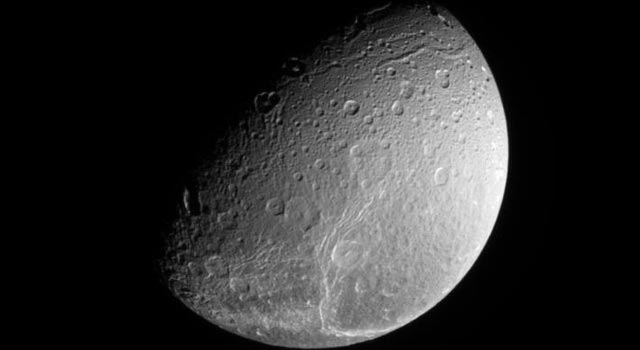 north pole of Dione