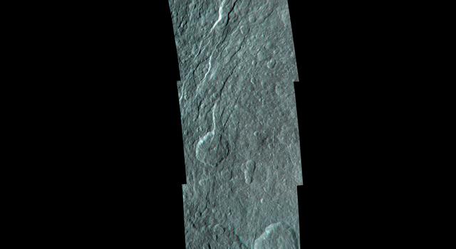 Rhea's Fractured Terrain in 3-D