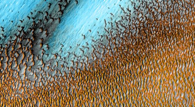 Mars Odyssey All Stars: Polar Dunes