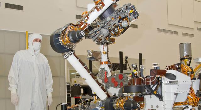 Mars Rover Curiosity Raising Turret