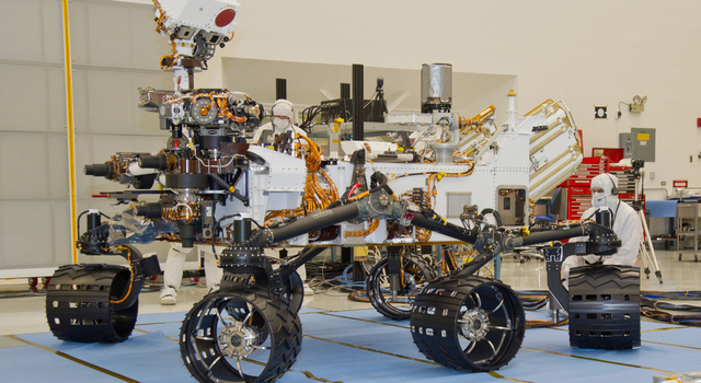 Mars Rover Curiosity, Turning in Place