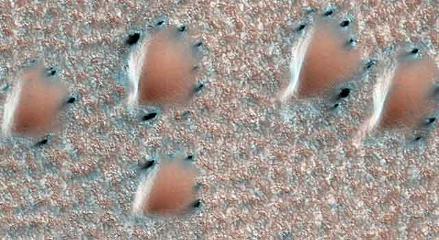 This scene is from early spring in the northern hemisphere of Mars.