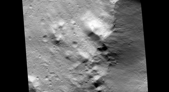 Contrasting Deposits on Vesta